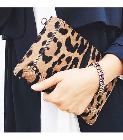 Andyheart is wearing: Iosselliani bracelet, Jerome Dreyfuss bag.