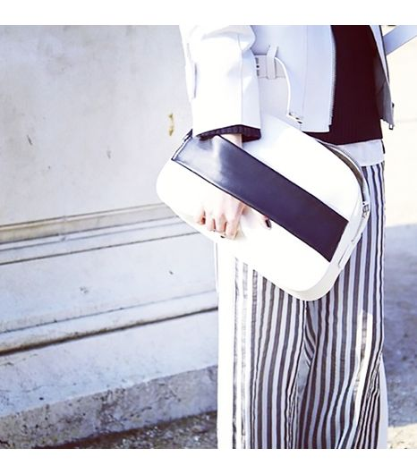 Camtyox is wearing: Sportmax jacket, Sportmax pants, Sportmax bag.
