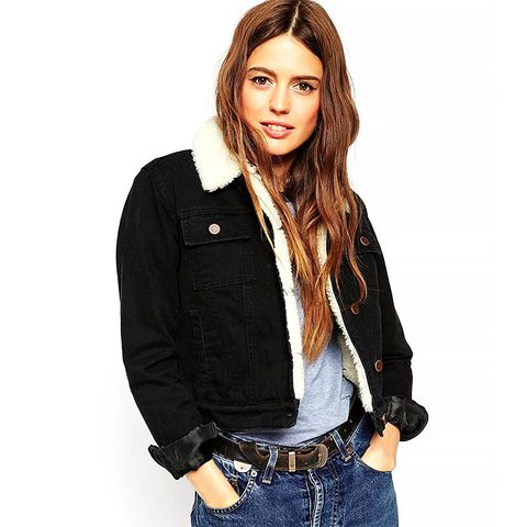 Denim Cropped Jacket in Clean Black With Fleece Lining and Collar