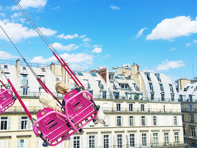 The swings at the Jardin des Tuileries Summer Carnival