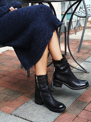 #TuesdayShoesday: 5 Moto-Inspired Black Boots