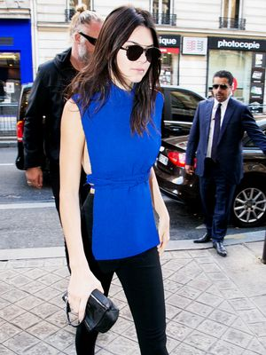 Kendall Jenner Makes a Serious Case for a Tunic for Fall