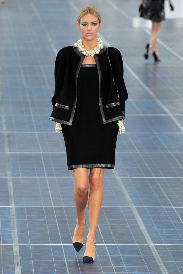 4. Coco Chanel is credited with creating the LBD.