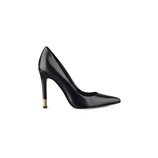 GUESS Babbitt Pointed-Toe Pumps