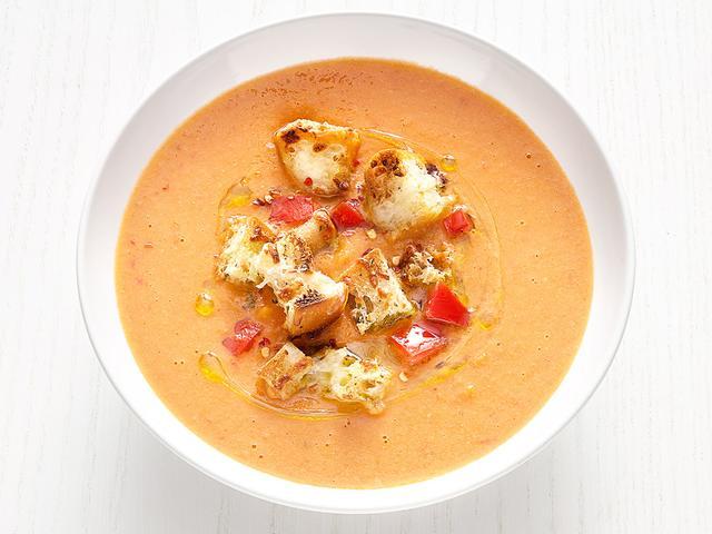 Tuscan Tomato-White Bean Soup
