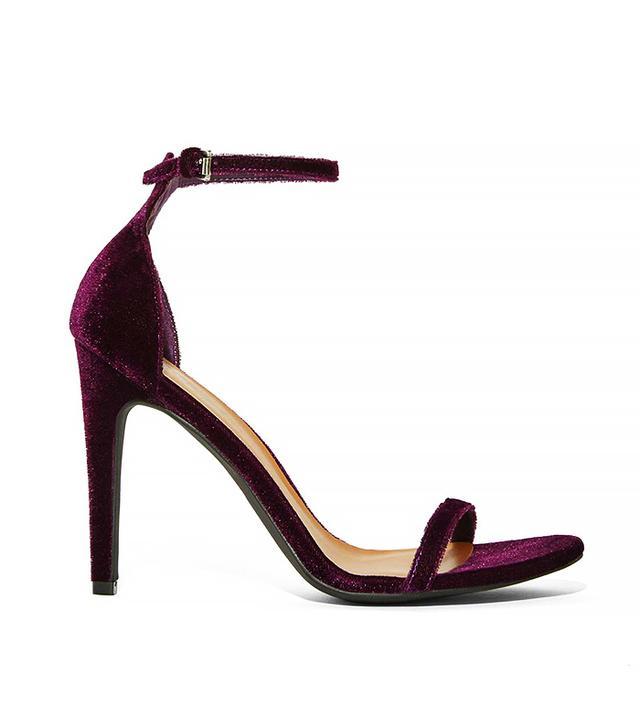 Nasty Gal Ivy Velvet Heel