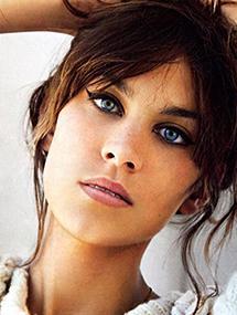 Alexa Chung's Makeup Artist Talks Liquid Liner