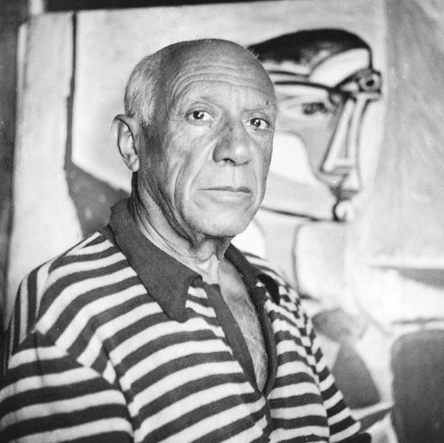 Pablo Picasso & His Abstract Painting Halloween costumes.