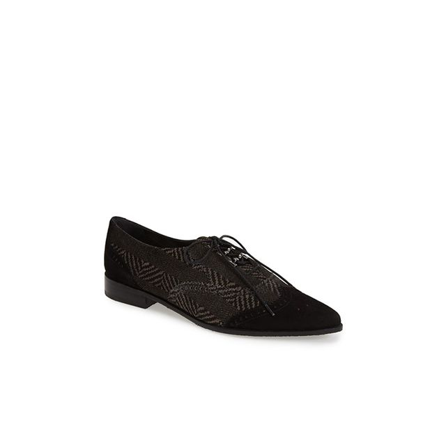 Stuart Weitzman 'Maneuver' Wingtip Oxford