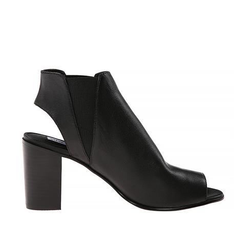 Nobel Shoes