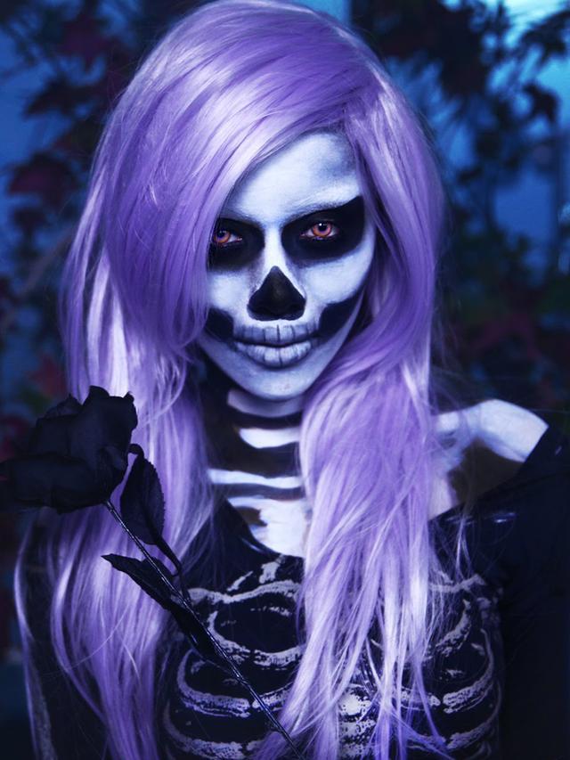 Michelle Phan as a Skeleton