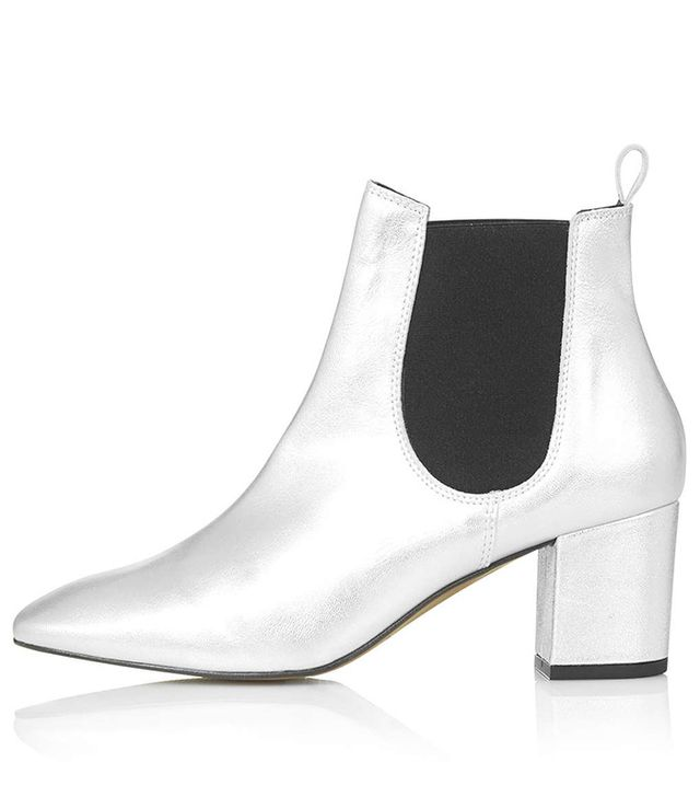 Topshop Mary Online Exclusive '60s Chelsea Boots