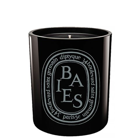 Baies Scented Black Candle