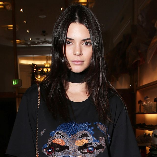 How to Wear a T-Shirt as a Dress Like Kendall Jenner