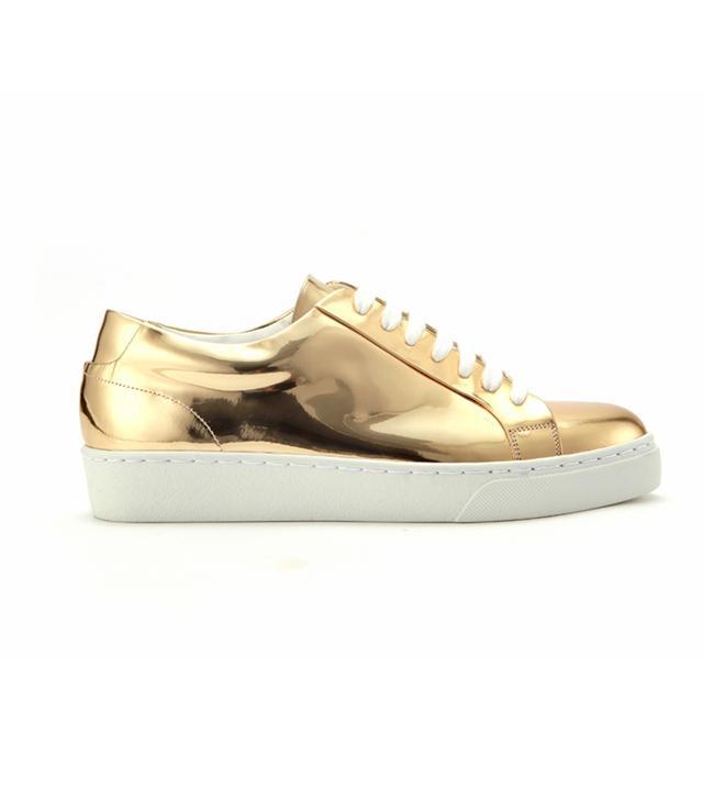 Crucial Love 1 Sneakers