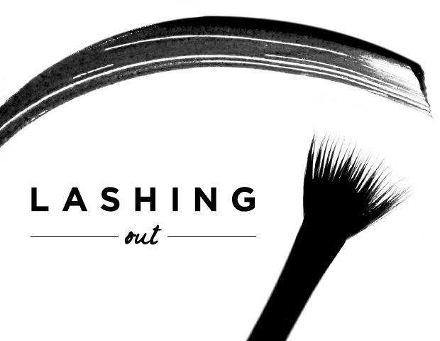 Insider Tip: How To Use A Mascara Fan Brush