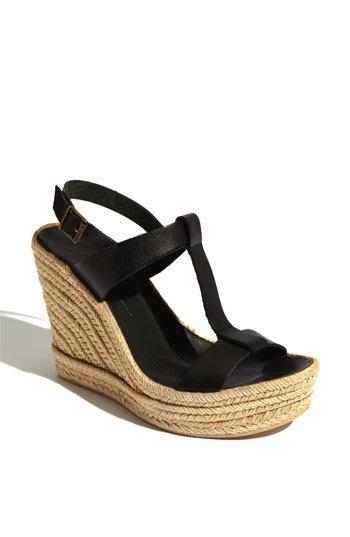 Delman  Trish Sandal