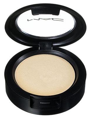 M.A.C. Cream Color Base