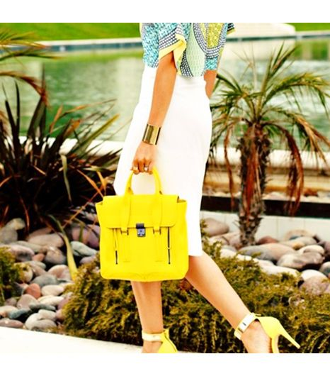 Dashofdarling is wearing: 3.1 Phillip Lim bag, ASOS bracelet, ASOS heels.
