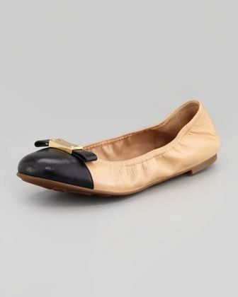Marc by Marc Jacobs  Cap-Toe Logo-Plate Ballerina Flats