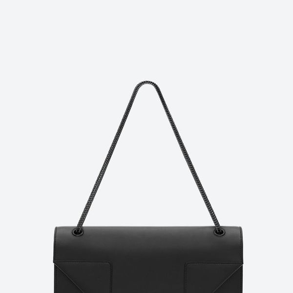 Saint Laurent  Classic Medium Betty Bag