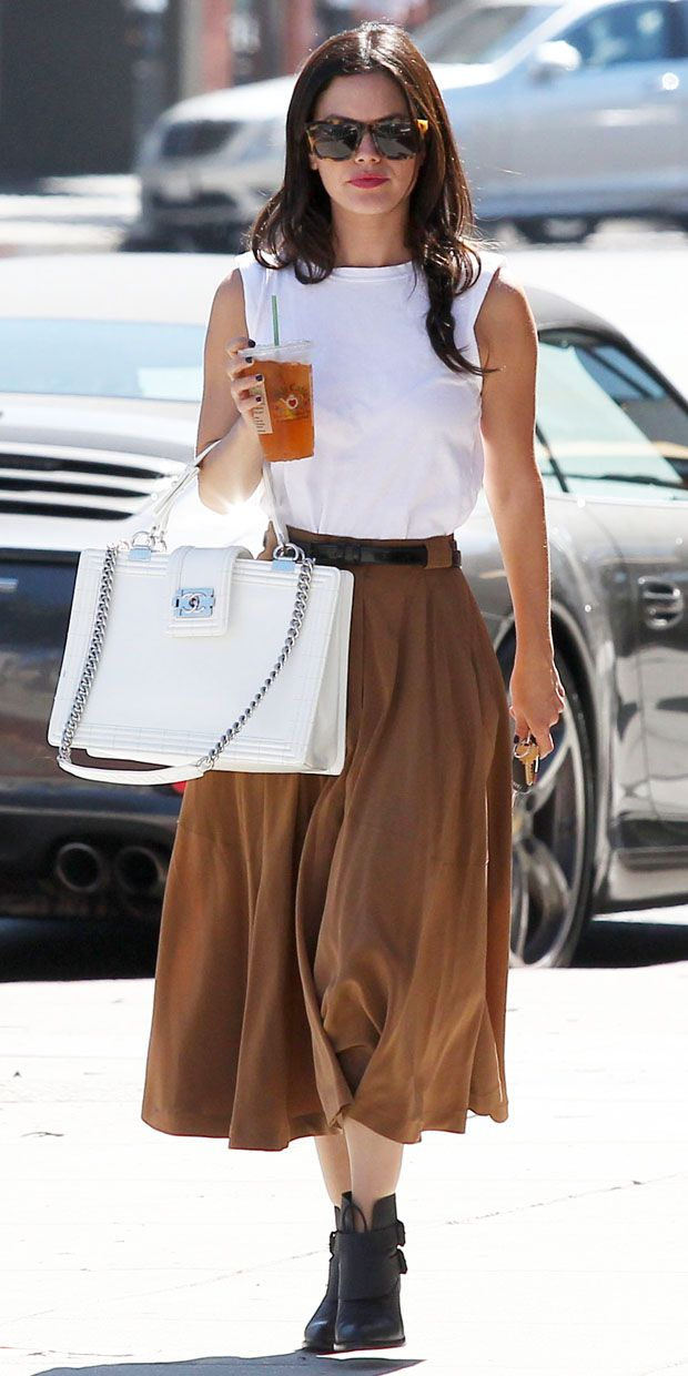 Rachel Bilson steps out for lunch in Beverly Hills.
