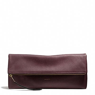 Coach The Large Clutchable in Pebbled Leather