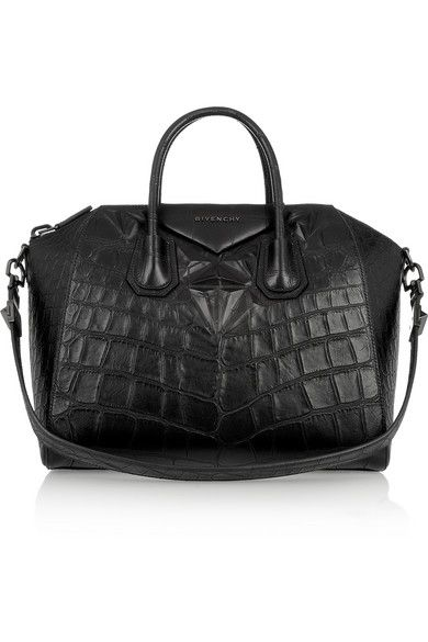 Givenchy  Antigona Medium Antigona Bag