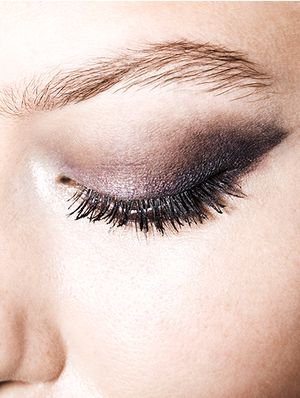 Gray Eye Makeup Takes Center Stage