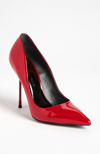 Kurt Geiger London  Britton Pumps