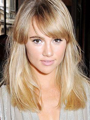 Which Bangs Will Work For You? Our Expert Breaks It Down.