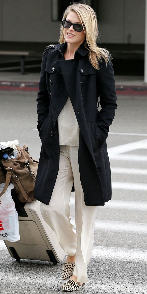 Ali Larter Hits LAX In Style.