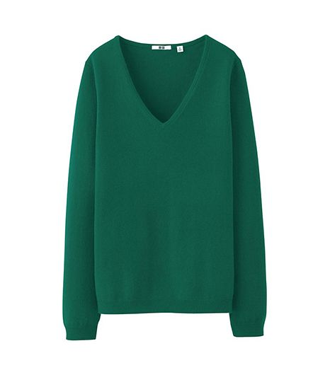 Uniqlo Women's Cashmere V-Neck Sweater  Uniqlo Women's Cashmere V-Neck Sweater