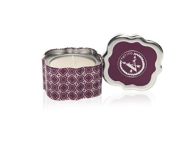 Votivo Winter Candle Quatrefoil Tin