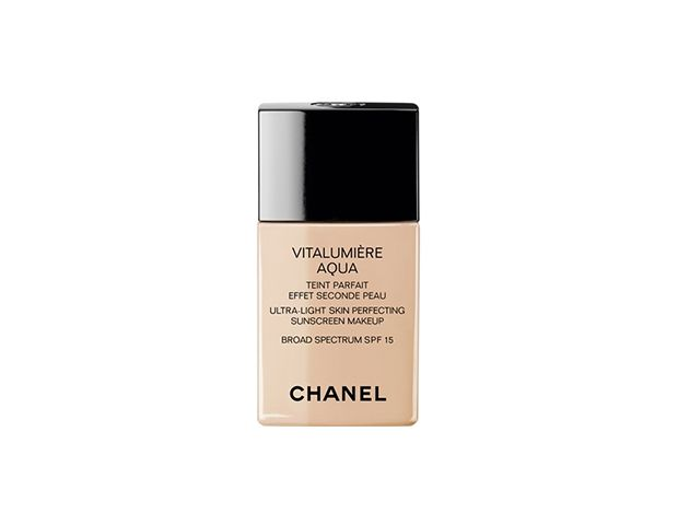 Chanel Vitalumiere Aqua Ultra Light Skin Perfecting Sunscreen Makeup Broad Spectrum SPF 15