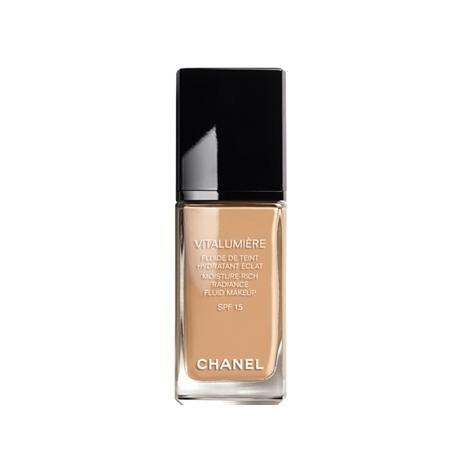 Chanel Vitalumiere Foundation