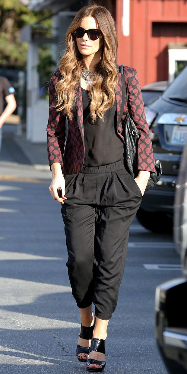 Kate Beckinsale Inspires Our Next Weekend Outfit.