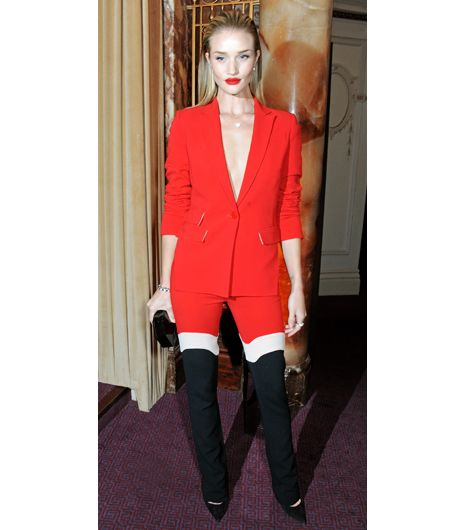Slim Tip 13: V-Neck 