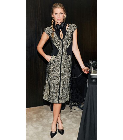 Slim Tip 6: Paneled Dress 