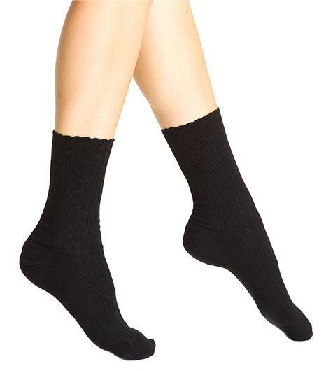 Hue  Hue Scalloped Pointelle Socks