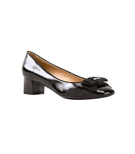 Salvatore Ferragamo  Salvatore Ferragamo Vara Patent Leather Pumps