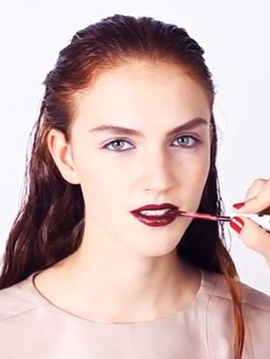 Watch Topshop's Glossy Winter Lip Tutorial