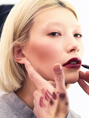 3 Expert Backstage Beauty Tips from New York Fashion Week