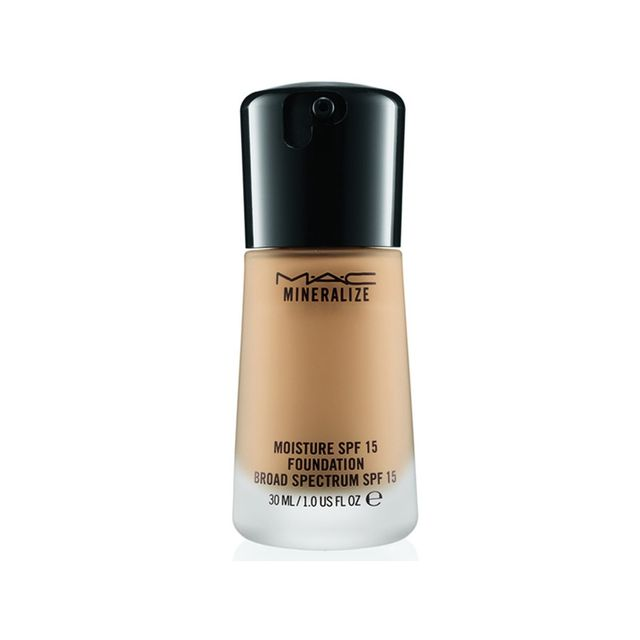M.A.C. Mineralize Moisture SPF 15 Foundation