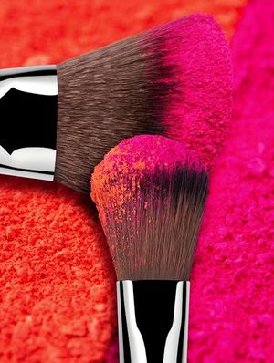 How To Shop for Drugstore Makeup Brushes