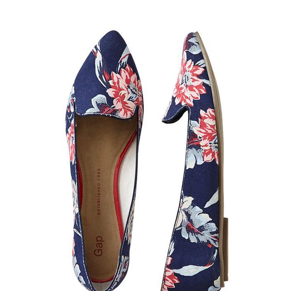 Gap Printed Pointy Flats