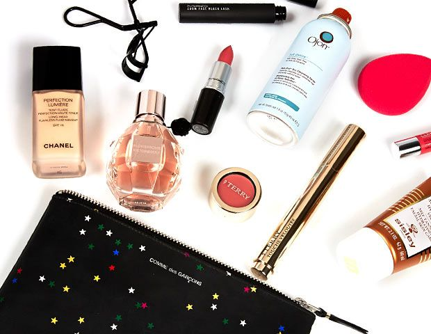 9 Tricks to Pack Your Beauty Essentials