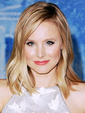 "Kristen Bell on Her ""Ferret Eyes,"" Playing Manicurist, and Rebooting Veronica Mars"
