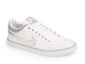 Nike Capri III Sneakers