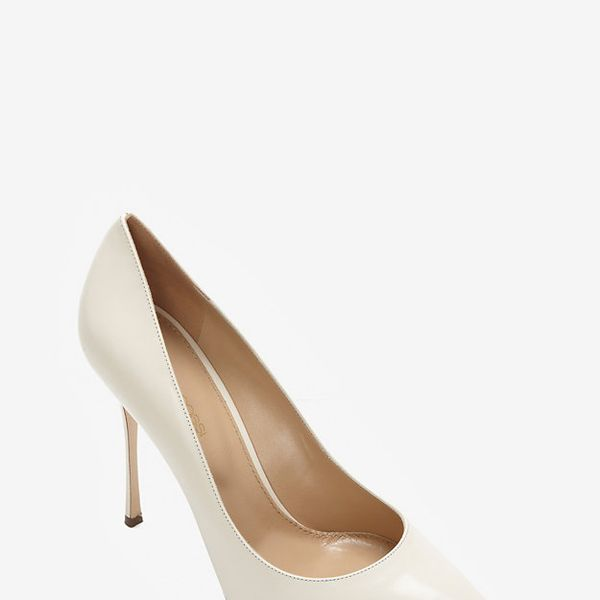 Sergio Rossi Godiva Pointy Toe Glossy Leather Pumps